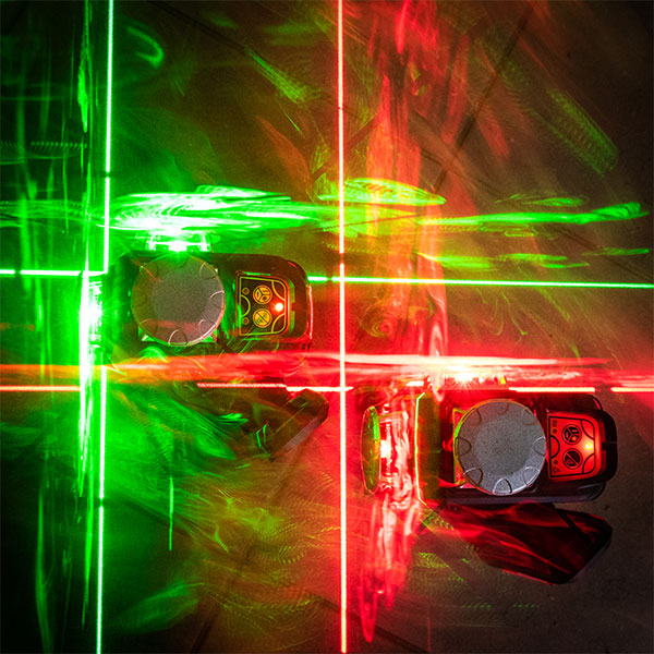 RedBack 3L360R 3L360G ultra bright red and green line lasers 360 3D Multi Line Laser